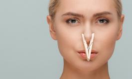 Niedrożność nosa bez kataru? Sprawdź, co jeszcze może być przyczyną
